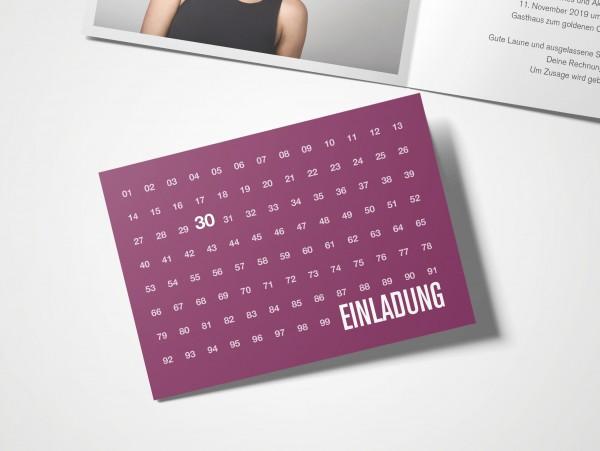Einladungskarten 30. Geburtstag Zahlenreihe lila